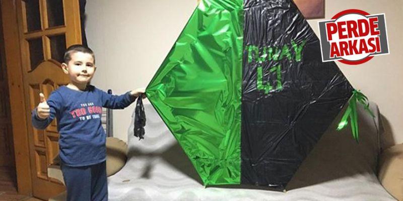 Yeşil-siyah renklerle uçurtma yaptılar