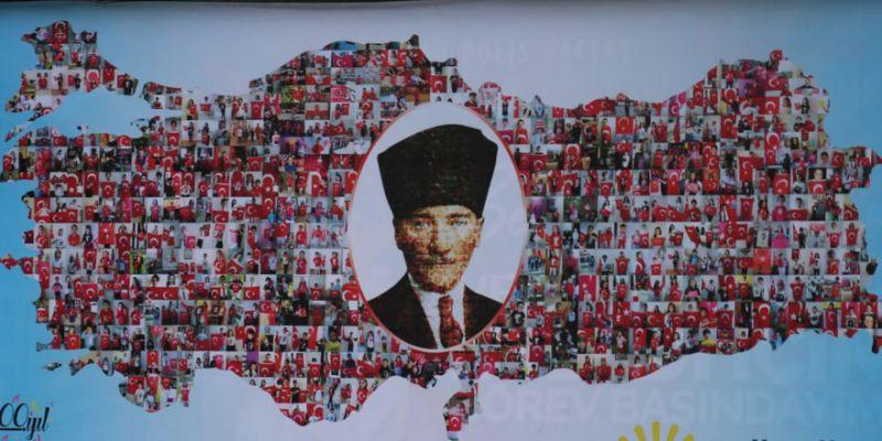 Binlerce çocuk fotoğrafıyla Türkiye haritası