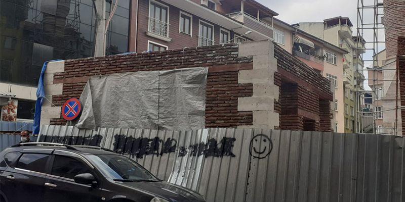 Çınarlı'da kütüphane yapımı sürüyor