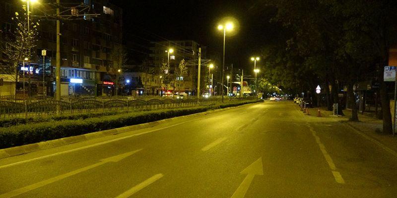 İzmit sokakları sessizliğe büründü