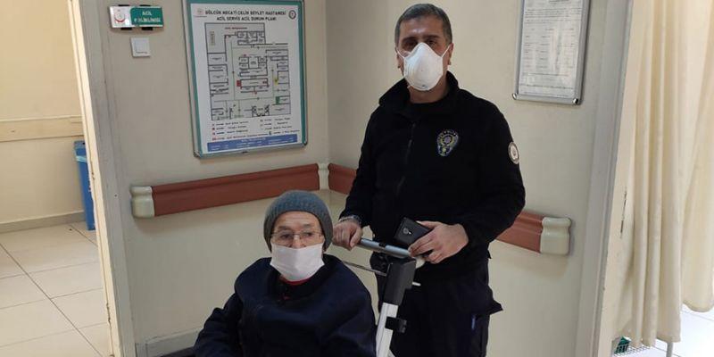 Rahatsızlanan Mustafa dedeyi hastaneye polis ekipleri yetiştirdi