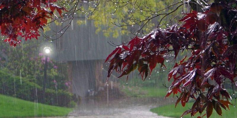 Güneş gidiyor, bahar yağmurları geliyor