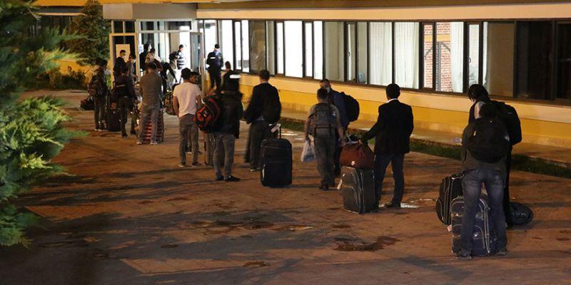 Yurt dışından getirilen 250 Türk, Kocaeli'deki yurtlara yerleştirildi