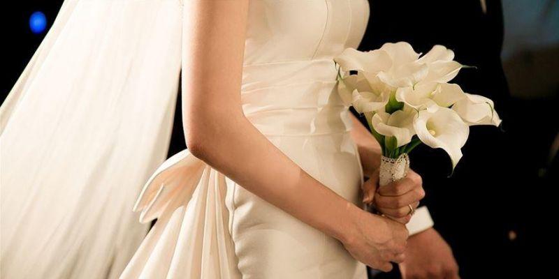 Çiftler düğünlerinden vazgeçmeyip erteliyor