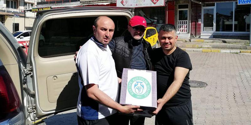 Kartepe Kulüpler Birliği'nden ihtiyaç sahiplerine yardım eli