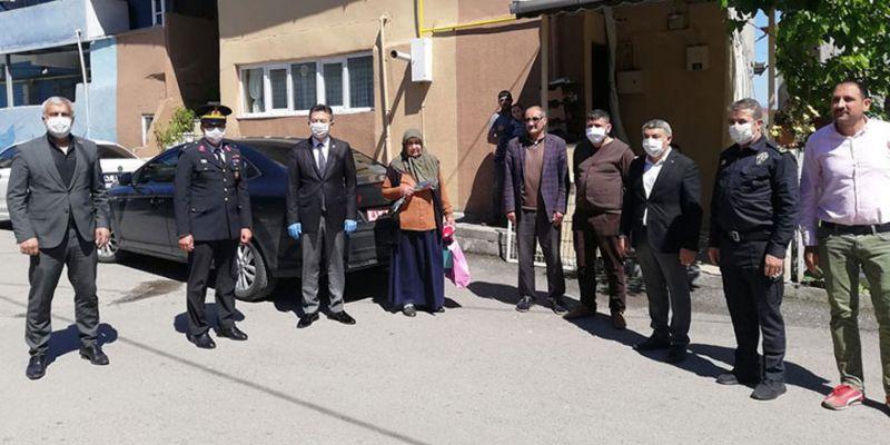 Jandarma'dan şehit ailelerine anlamlı ziyaret