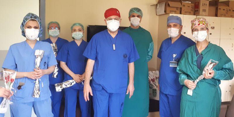 KOÜ Hastanesi'nde hemşirelere sürpriz