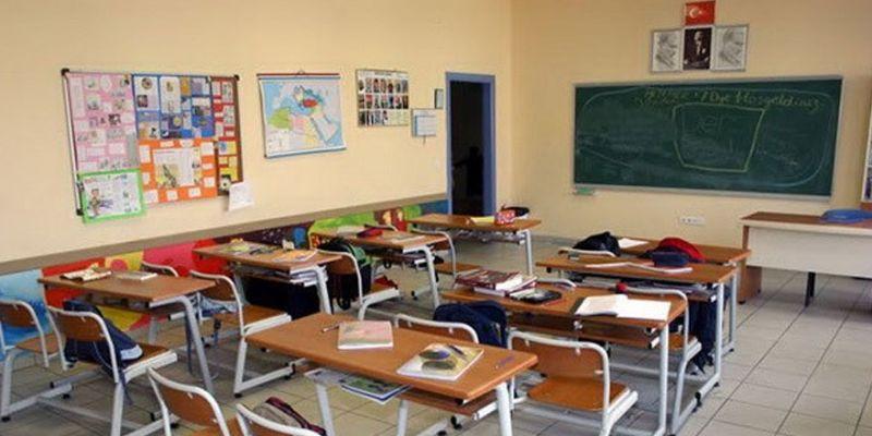 Sosyal mesafe için sınıflar ikiye bölünecek