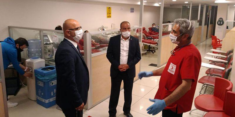 MHP'den kan bağışı kampanyasına destek