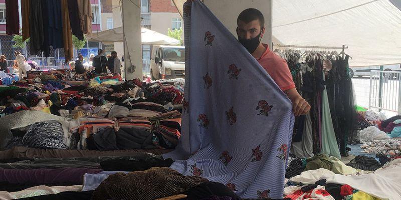 Perşembe Pazarı'nda kumaşçılar tezgah açtı
