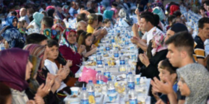 'Toplu iftar ve yemekler saatli bomba gibi'