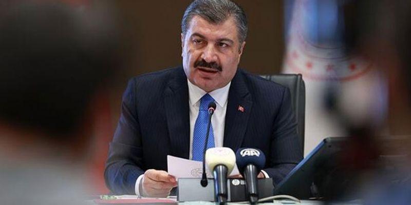 Sağlık Bakanı Koca'dan 65 yaş üstü vatandaşlara uyarı