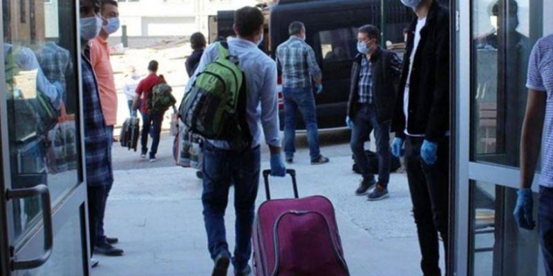 Yurtlarda karantinaya alınan 74 bin 898 kişiden 65 bin 243'ü tahliye edildi