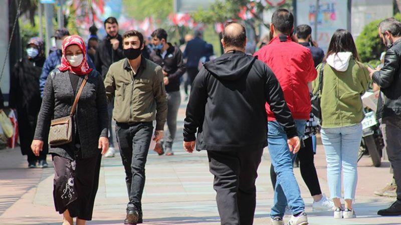 Kocaeli'de tedbirlere uymayan 281 kişiye para cezası