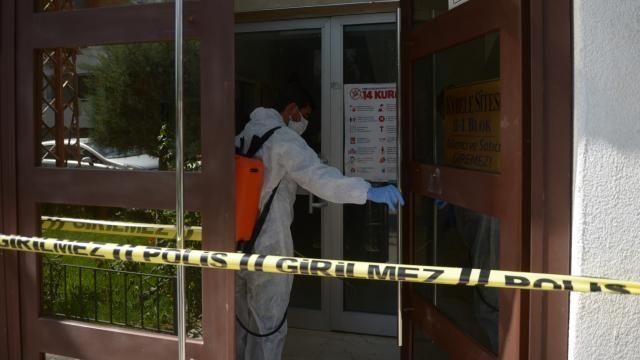 2 kişinin testi pozitif çıktı, bina karantinaya alındı