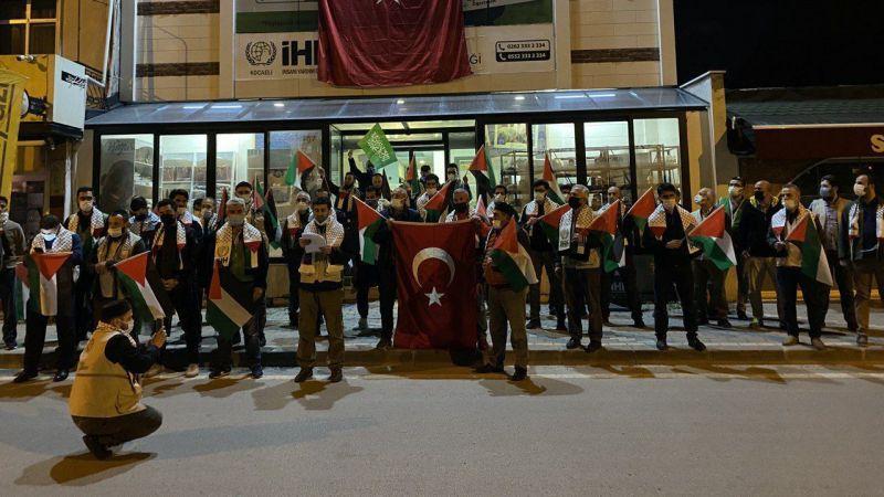 İsrail'in Mescid-i Aksa saldırıları Kocaeli'de protesto edildi