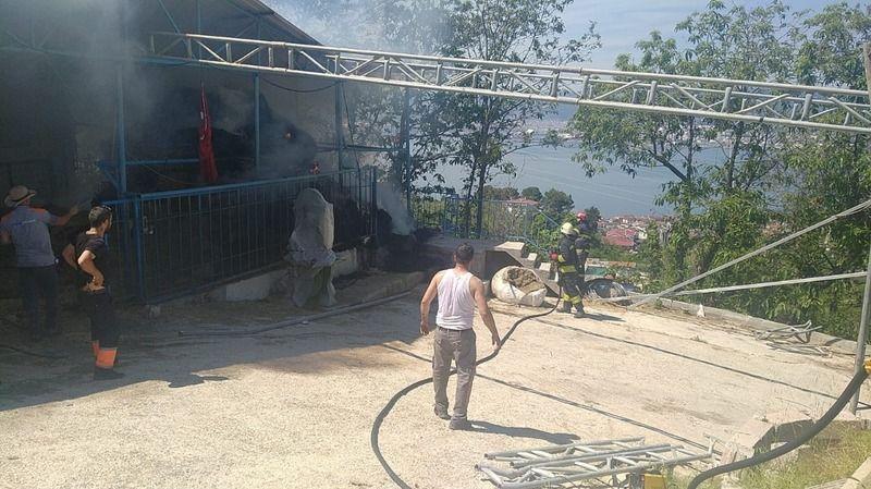 Besi çiftliğinde korkutan yangın