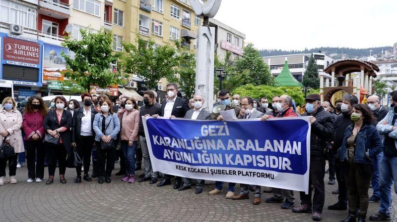 """""""Gezi direnişi geleceği kazanma mücadelesinin zirvesidir"""""""