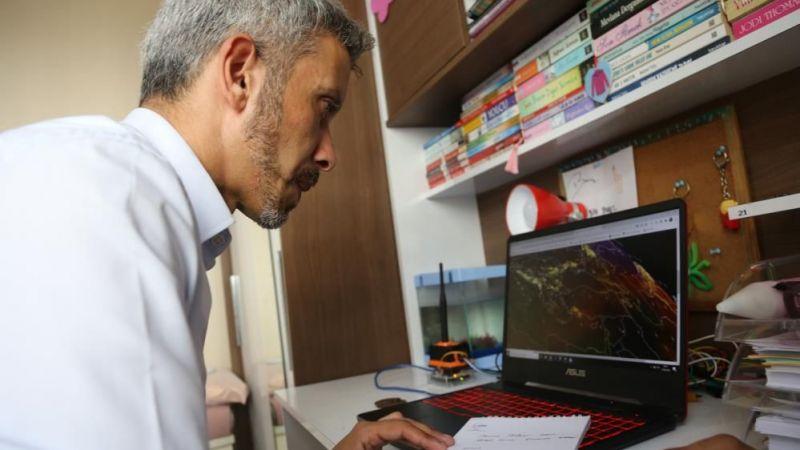 """Deprem araştırmacısı Yakut uyardı: """"Bu yıl yine Doğu'yu konuşacağız"""""""