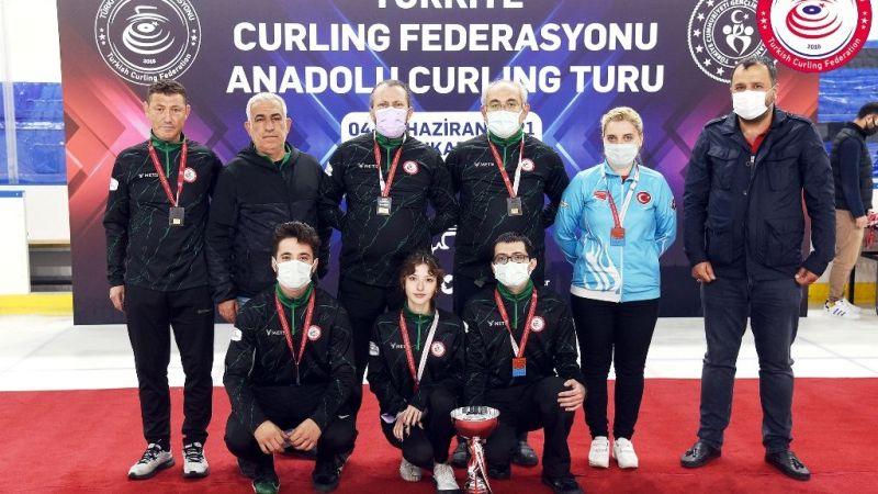 Curling'de Kocaeli üçüncü oldu