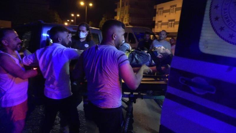Yayaya çarpan motosiklet sürücüsü ağır yaralandı
