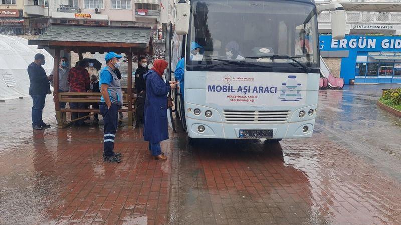 Kocaeli'de mobil aşı çalışmaları başladı