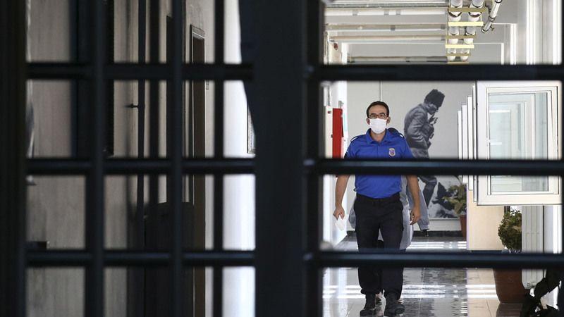 Cezaevlerinde yeni düzenleme! Mahkumlar e-posta ile haberleşebilecek
