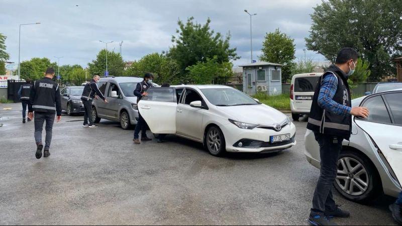 Kocaeli'de silah kaçakçılığı operasyonu: 6 gözaltı