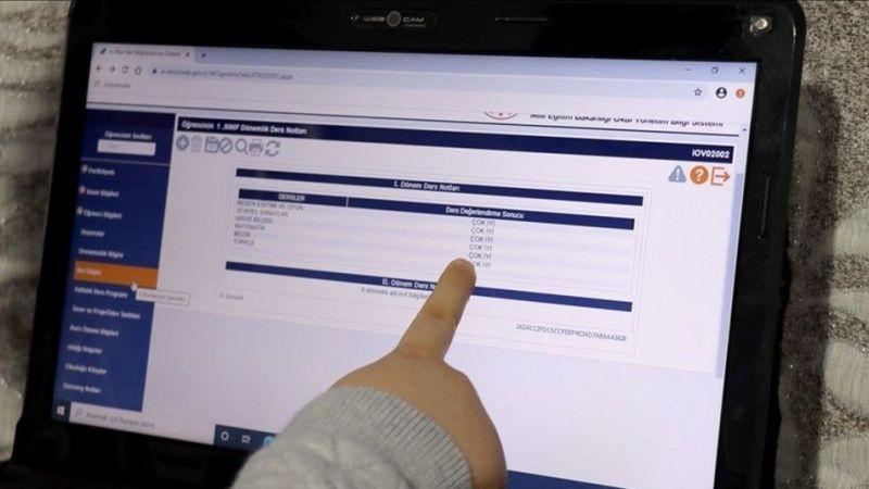 403 bin 313 öğrenci dijital karne alacak