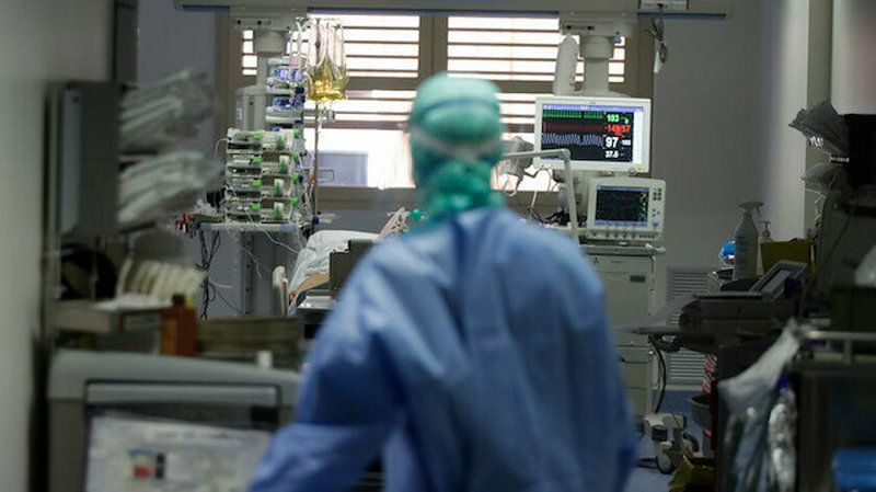 42 yaşında koronavirüse yenik düştü