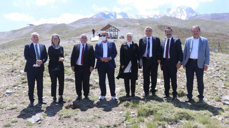 Vekil Yaman, Türkiye'yi dolaşıyor
