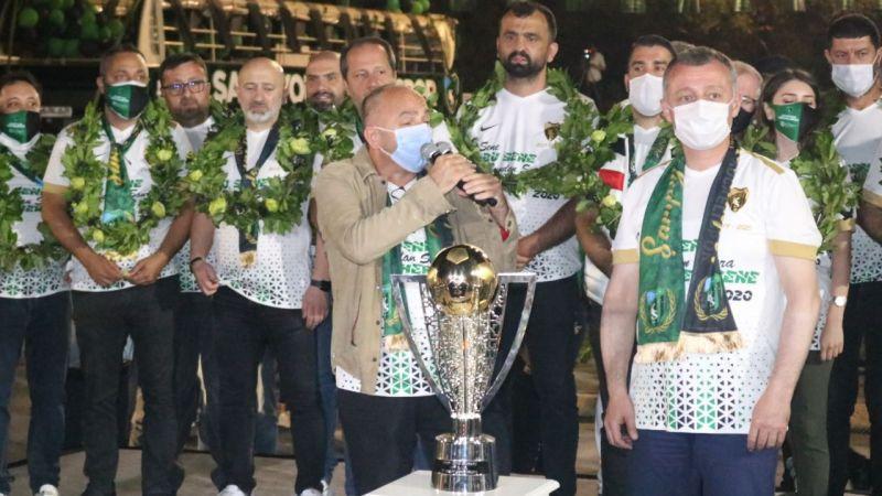 Üzülmez, Kocaelispor tarihine adını altın harflerle yazdırdı! Şampiyon başkan unutulmayacak...