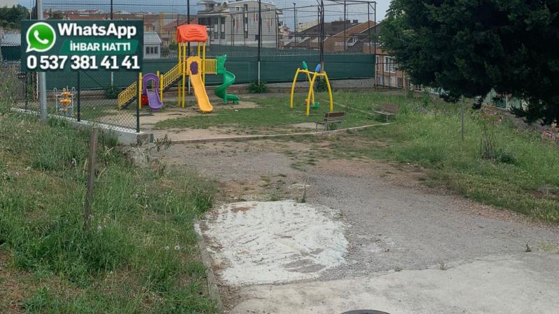 """""""Belediyeye defalarca başvurduk ama parkımızla kimse ilgilenmiyor"""""""