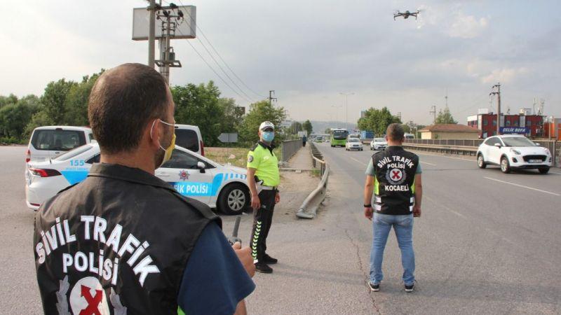 Kemer ikazını aparatla susturan sürücüler polisin dikkatinden kaçmadı