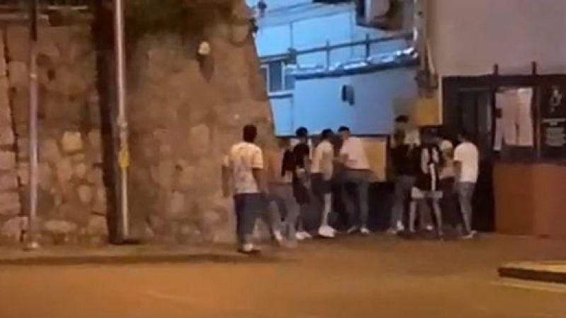 Saldırıya uğrayan gençleri askerlerkurtardı