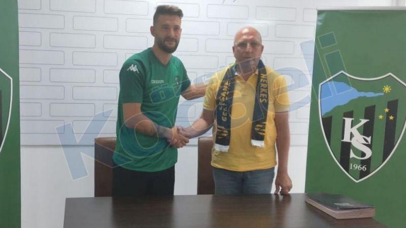 Mehmet Taş imzaladı