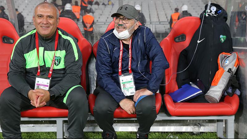 """Kocaelispor'dan Mustafa Reşit Akçay kararı: """"Onu yüz üstü bırakmak bize yakışmaz"""""""