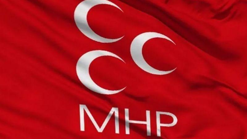 MHP'de art arda istifalar