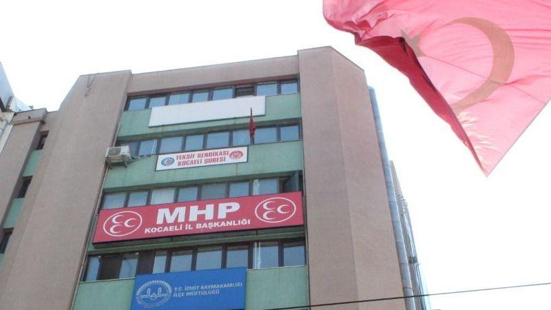 MHP'de 'istifa et' baskısı mı var?