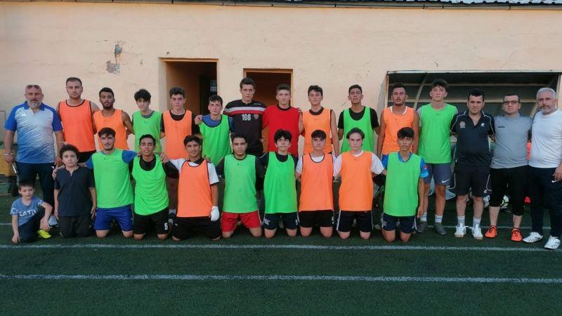 Gültepespor'da U-17 start verdi
