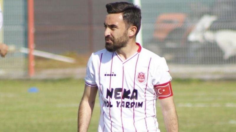 Kullarspor'da kaptan Derviş ile genç kaleci Ahmet yuvada kaldı