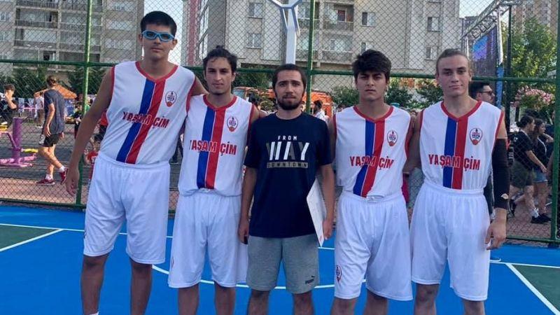 Körfez Vefa SK sokak basketboluna katıldı