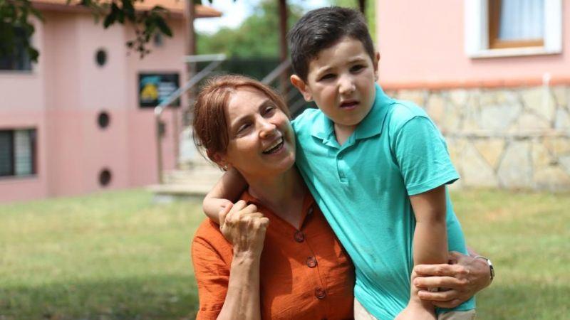 Avrupa'da çocukları için bulamadıkları umudu Türkiye'de buldular