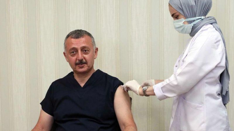 Büyükakın aşısını oldu, Kocaelilileri aşı olmaya davet etti