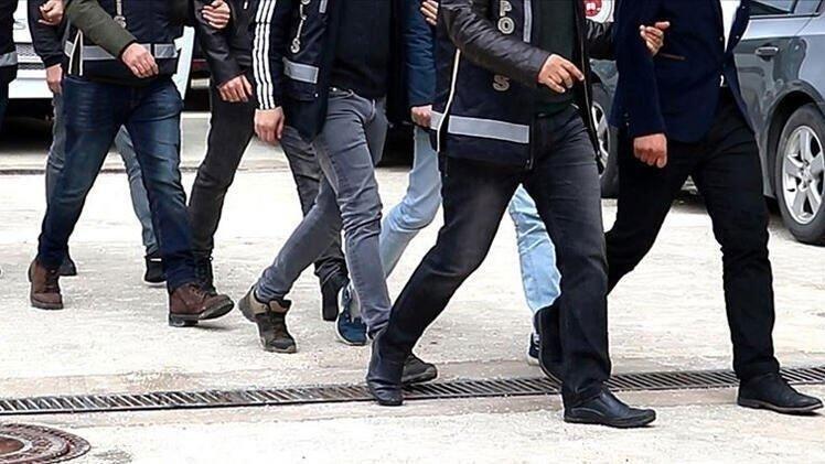 Kocaeli'de FETÖ operasyonu: 5 gözaltı