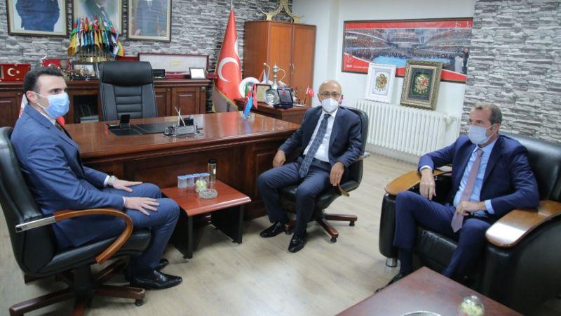 Yıllar sonra MHP'yi bir bakan ziyaret etti