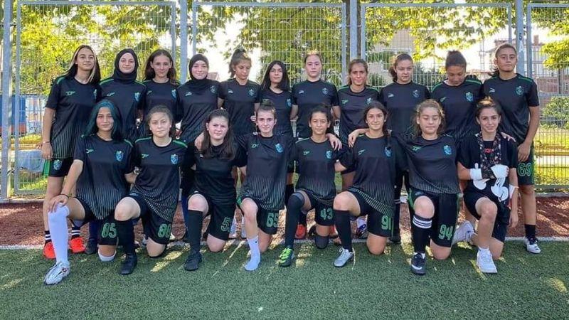 Kocaeli Bayan FK hazırlık maçı yaptı