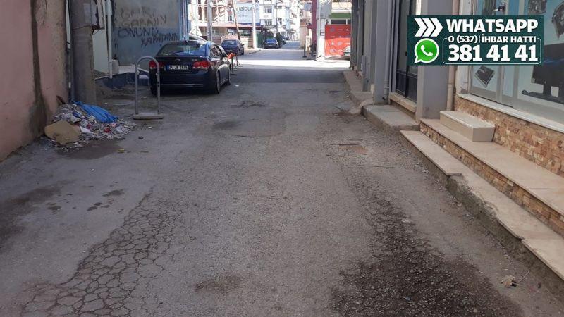 Sabri Aksoy Sokak oldukça kötü görünüyor