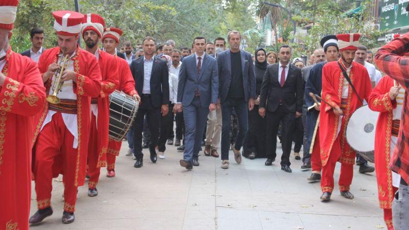 MHP İzmit'te coşkulu görev devri