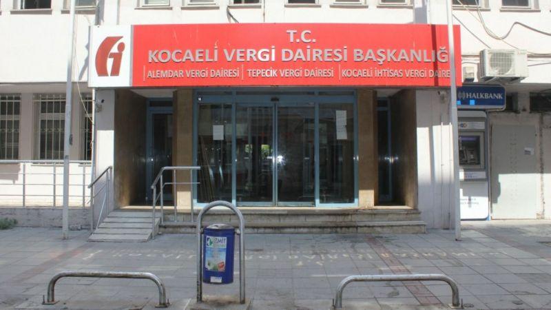 Kocaeli Vergi Dairesi binası tamamen boşaltıldı